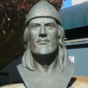 bust-of-great-viking-explorer-leif-eriksson